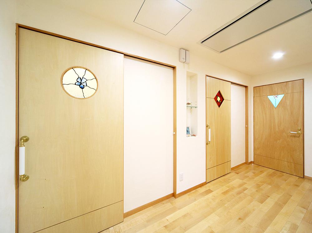 三重県志摩市・S邸ドアのステンドグラス