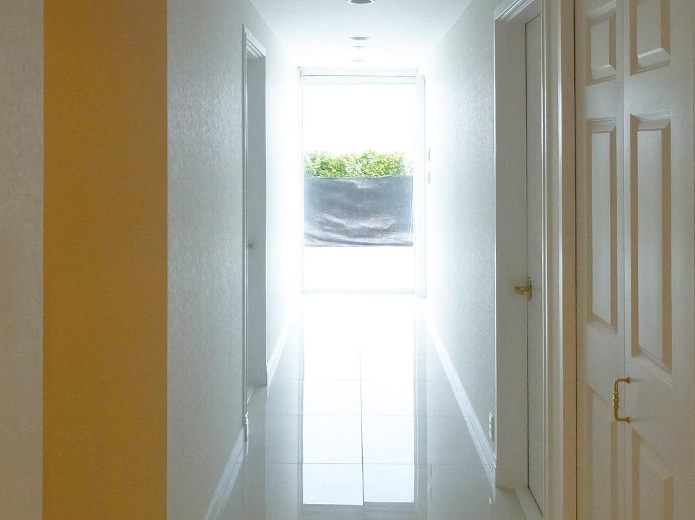 兵庫県あわじ市・F邸海の見える廊下