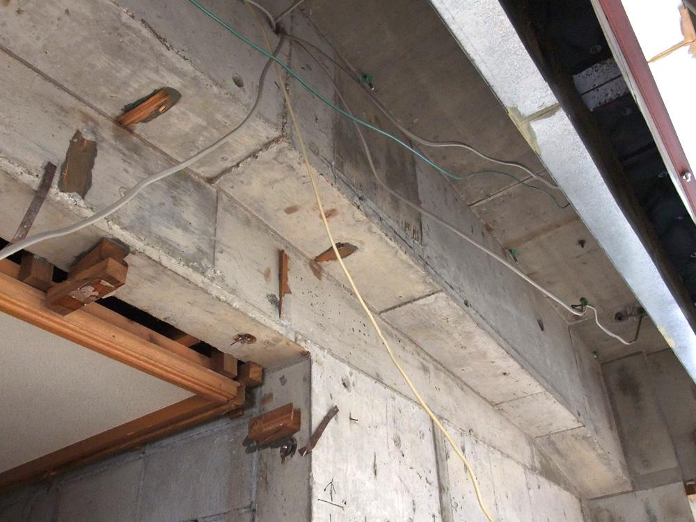 神戸市北野町J邸リフォーム解体作業
