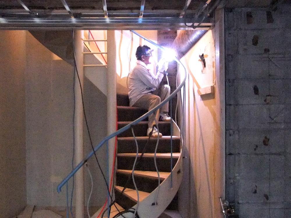神戸市北野町J邸リフォーム螺旋階段