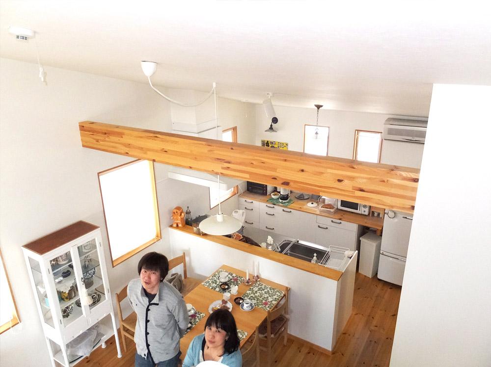 兵庫県神戸市・O邸リビングルームとダイニングルーム