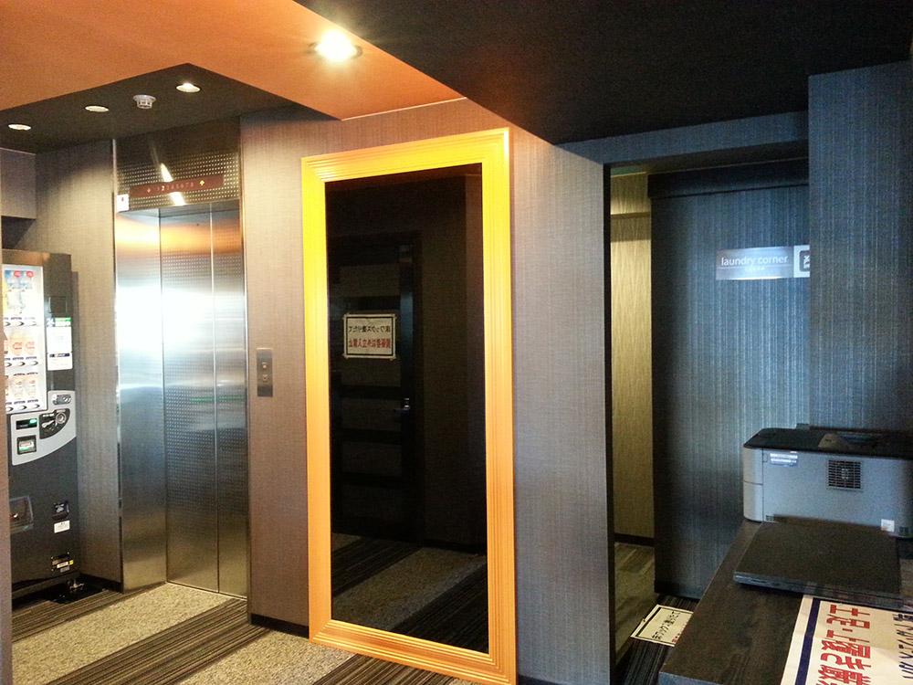 エレベーターホールアフター